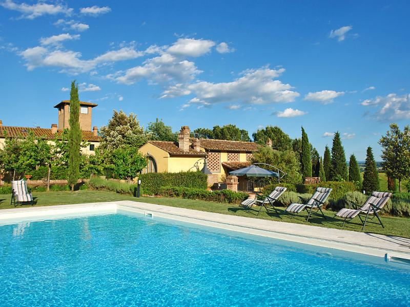Tassinaia 1414725,Villa en Castelfiorentino, en Toscana, Italia  con piscina privada para 10 personas...