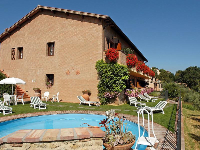 Lari 1414799,Apartamento en San Gimignano, en Toscana, Italia  con piscina privada para 6 personas...
