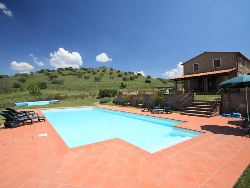 1415638,Vivienda de vacaciones  con piscina privada en Manciano, en Toscana, Italia para 11 personas...