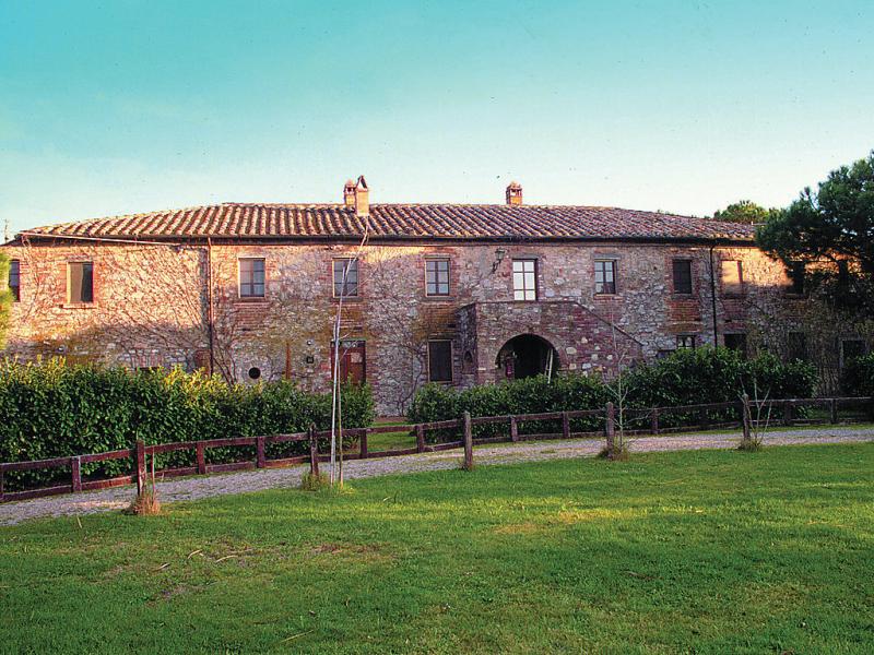1415717,Apartamento en Castiglione del Lago, Umbria, Italia  con piscina privada para 5 personas...