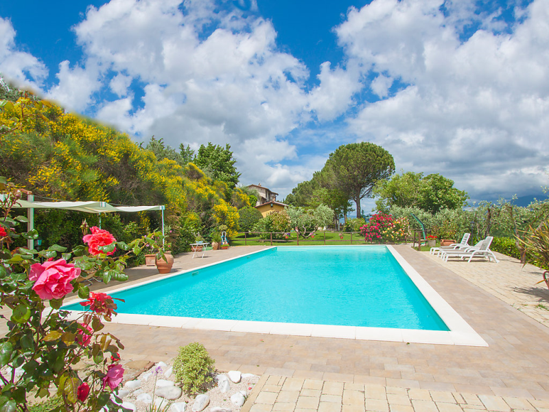 Sambrone 1415857,Apartamento  con piscina privada en Passaggio Di Bettona, Umbria, Italia para 4 personas...