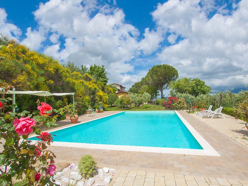 Sambrone 1415858,Apartamento en Passaggio Di Bettona, Umbria, Italia  con piscina privada para 3 personas...