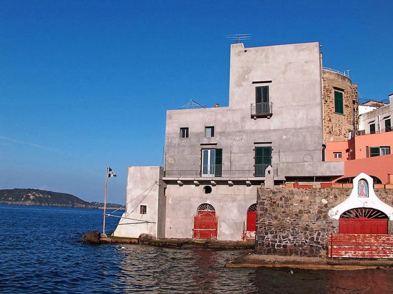 Lo scuopolo 1416004,Apartamento en Ischia Ponte, Ischia, Italia para 4 personas...