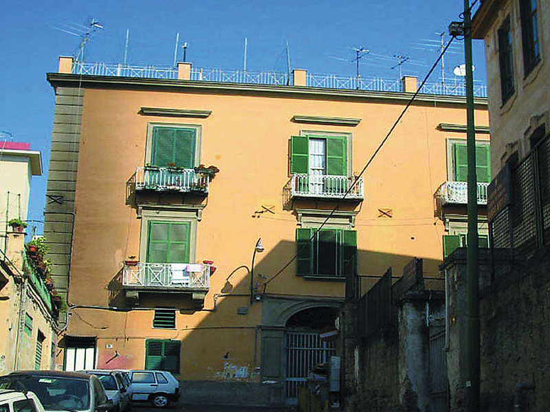 De gasperis 1416010,Apartamento en Napels, Basilicata, Italia para 4 personas...
