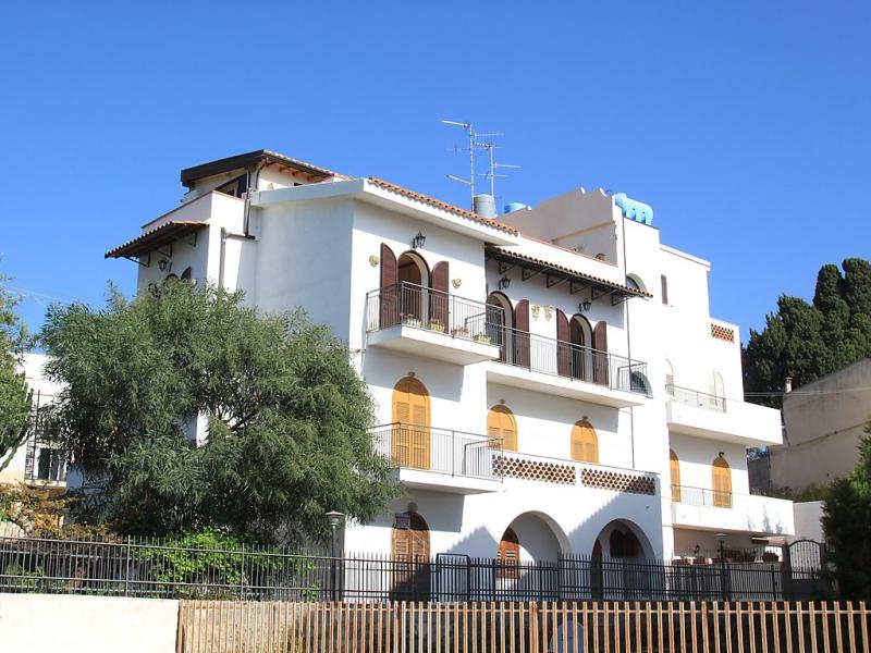 Cielo 1416693,Apartamento en Giardini Naxos, Sicily, Italia para 6 personas...