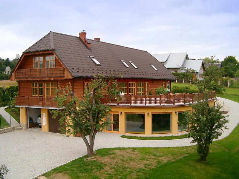 Borwna 1417079,Villa en Borowna, Little Poland, Polonia  con piscina privada para 12 personas...