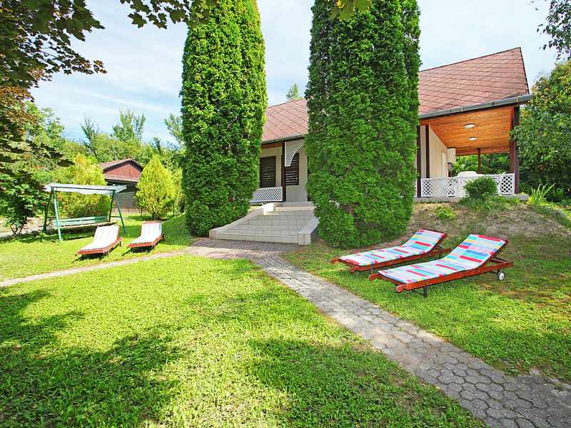 1417400, Villa in Balatonkenese, Balaton Felvidek, Hungary for 6 persons...