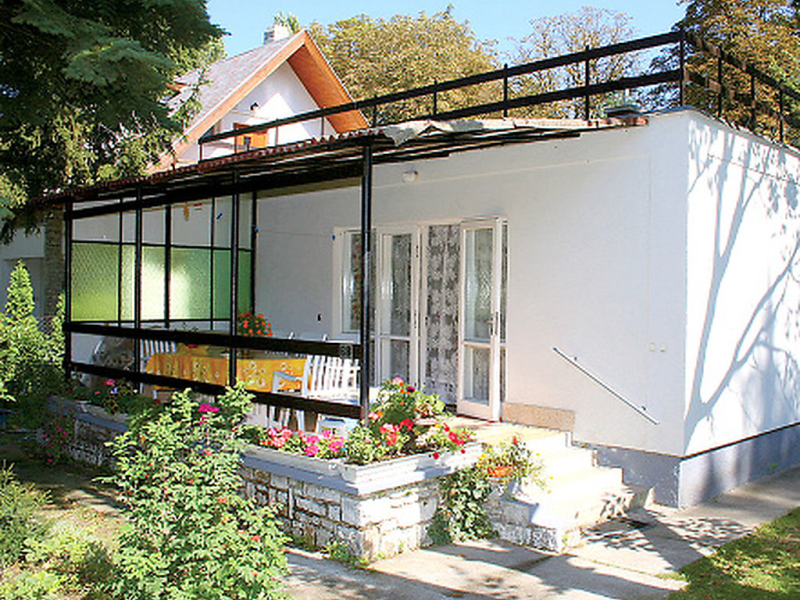 Balaton013 1417452,Villa en Balatonalmadi-Balatonfuzfo, Balaton Felvidek, Hungría para 4 personas...