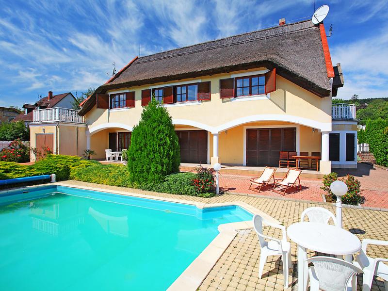 1417455,Apartamento  con piscina privada en Balatonfured-Revfulop, Balaton Felvidek, Hungría para 4 personas...