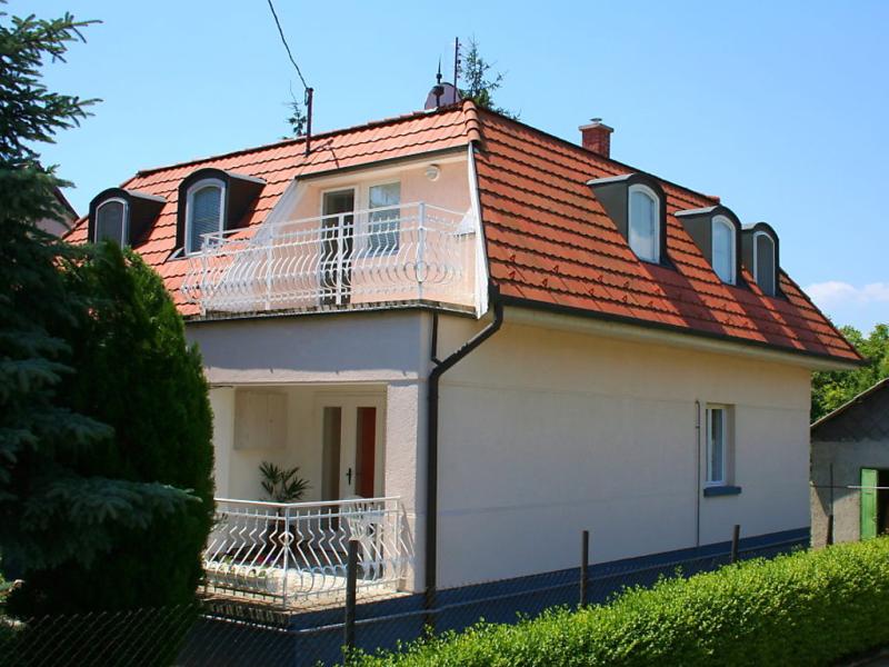 1417459,Apartamento en Balatonalmadi-Balatonfuzfo, Balaton Felvidek, Hungría para 6 personas...