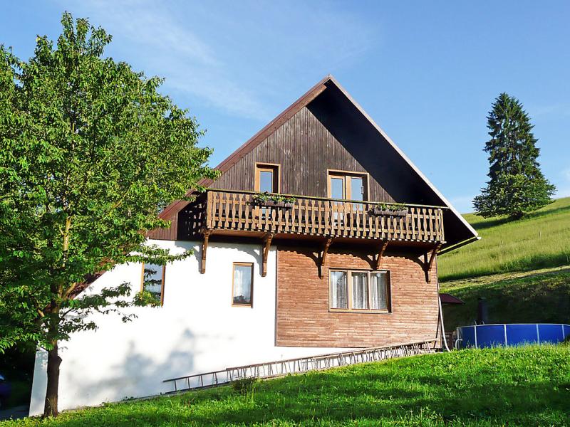 Valasska bystrice 1418070,Location de vacances à Valasska Bystrice, Zlin and South East Moravia-Beskydy Mtns, République Tchèque  avec piscine privée pour 6 personnes...