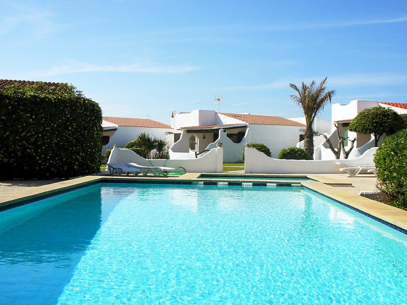 1419534,Vivienda de vacaciones en Cala'n Bosch, Minorca, España  con piscina privada para 6 personas...