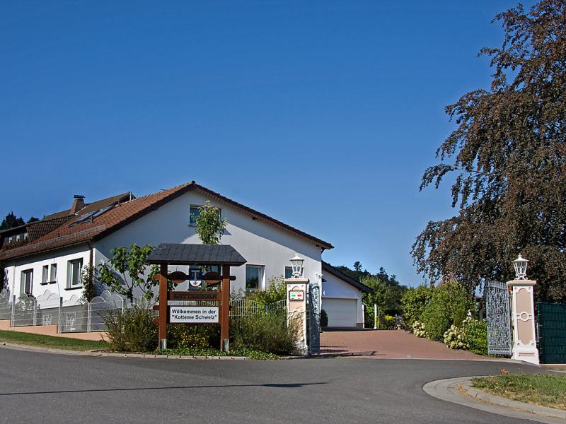 Haus kottenborn 1420579,Vivienda de vacaciones en Adenau, Eifel, Alemania para 12 personas...