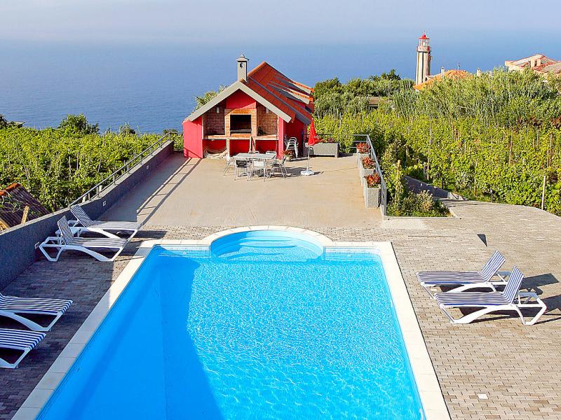A casa do lagar 1420734,Villa  con piscina privada en Madeira-Santana, Madeira, Portugal para 5 personas...