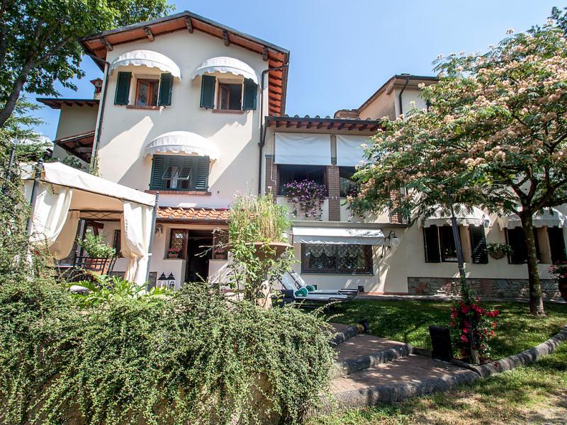 Villa campo del mulino 1421083,Vivienda de vacaciones en Pistoia, en Toscana, Italia  con piscina privada para 10 personas...