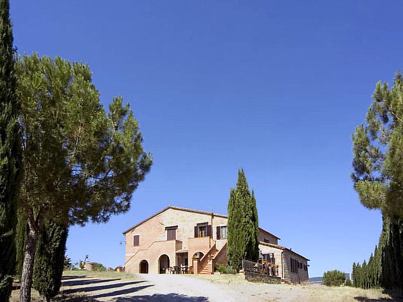 Podernuovo 1421385,Vivienda de vacaciones en Castiglione d'Orcia, en Toscana, Italia  con piscina privada para 8 personas...