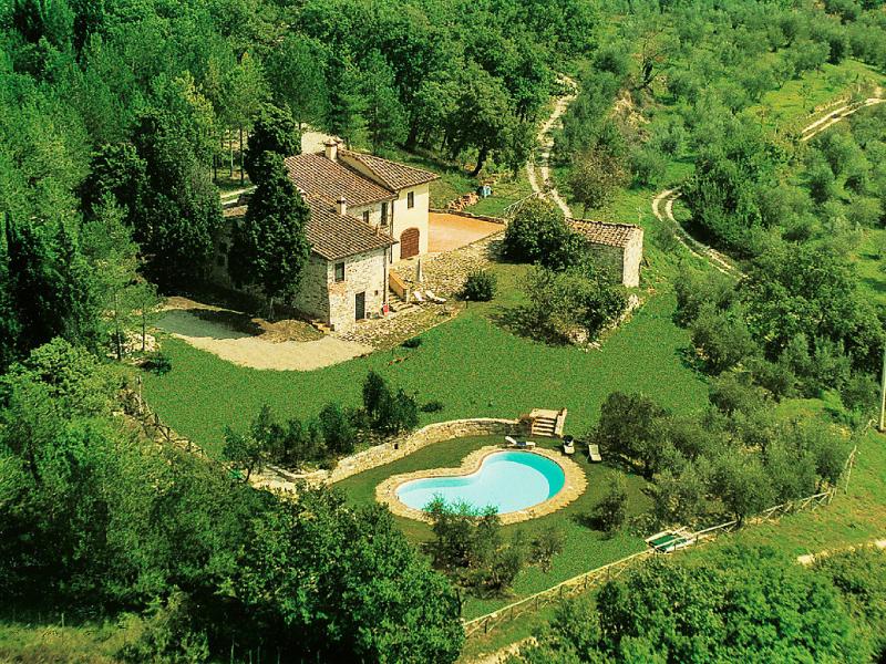 Cafaggio di sopra 1421574,Vivienda de vacaciones  con piscina privada en Florence, Tuscany, Italia para 11 personas...