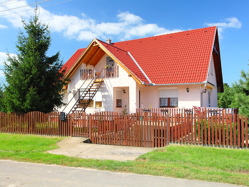 1422299, Apartment in Balatonboglar-Balatonoszod, Balaton Somogy, Hungary for 5 persons...