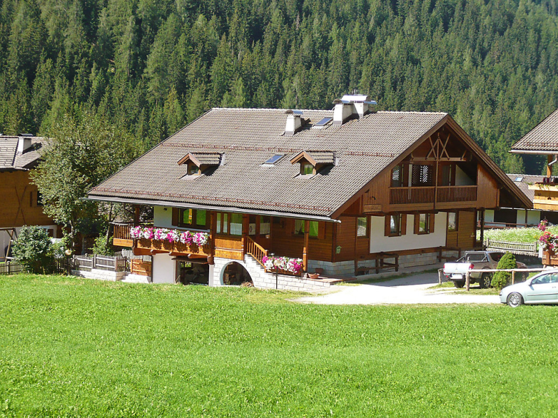 Cesa galaldriel 1428060,Vivienda de vacaciones en Canazei, Trentino-Alto Adige, Italia para 3 personas...