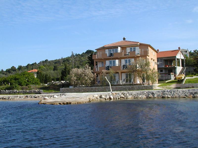 1429176,Apartamento en Pašman-Banj, North Dalmatia, Croacia para 2 personas...