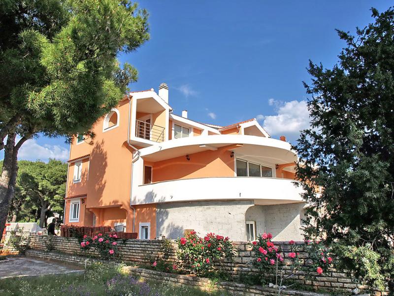 1429180,Apartamento en Brodarica, Dalmatia, Croacia para 2 personas...