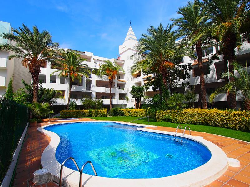 Royal marina 1430527,Appartement in Roses, aan de Costa Brava, Spanje  met privé zwembad voor 4 personen...