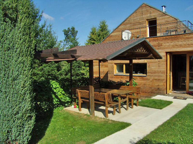Dolni lhota 1430743,Vivienda de vacaciones en Luhacovice, Zlin and South East Moravia-Beskydy Mtns, Chequia  con piscina privada para 6 personas...