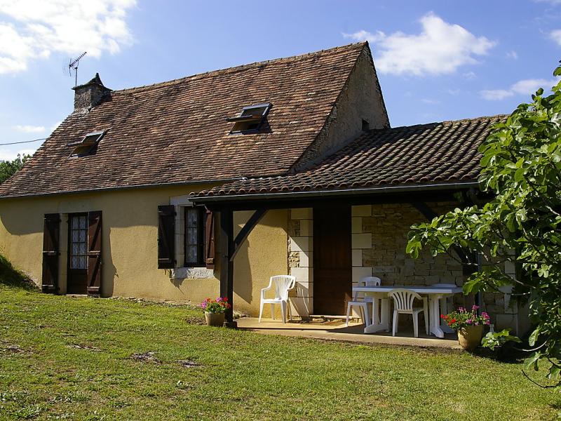 Le champ du lac 1432215,Vivienda de vacaciones en Cazals, Midi-Pyrénées, Francia  con piscina privada para 5 personas...