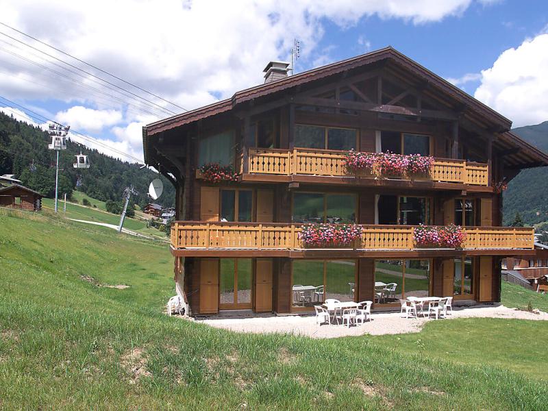 Chalet matine 1432352,Apartamento  con piscina privada en Morzine, Haute-Savoie, Francia para 5 personas...