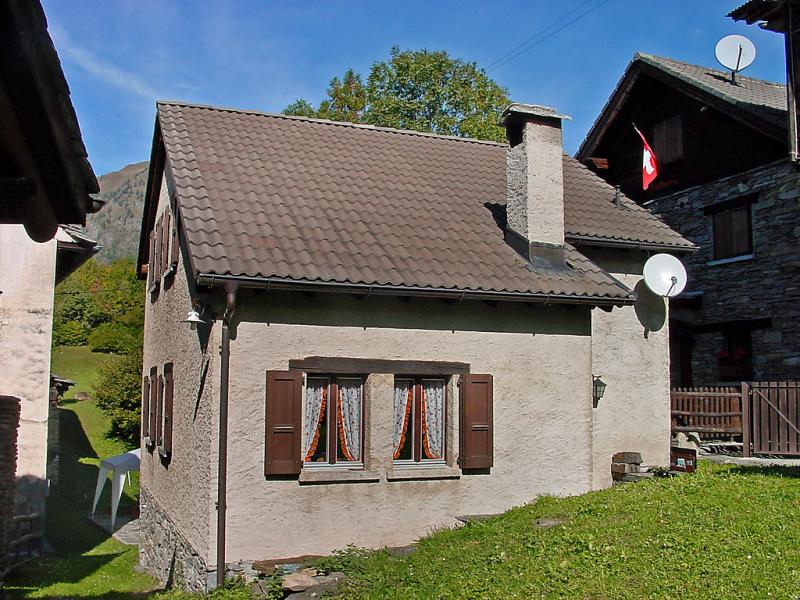Marianne 1433191,Villa en Aquila, Ticino, Suiza para 5 personas...