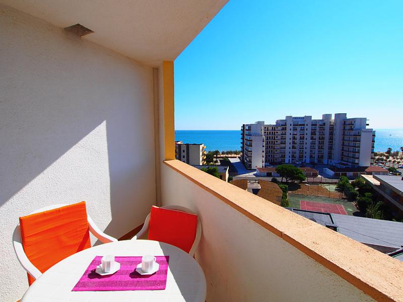 Ahinoa 1433599,Appartement in Roses, aan de Costa Brava, Spanje voor 3 personen...