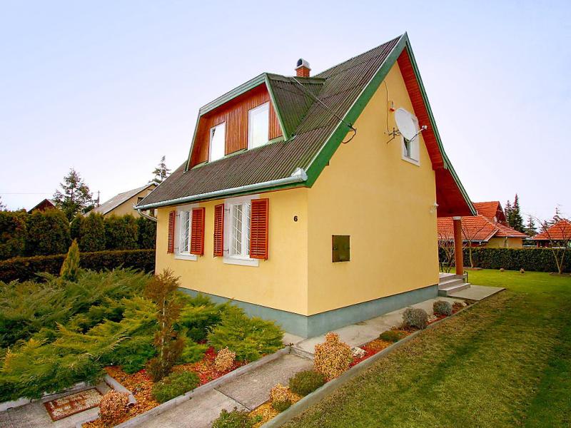 1433935,Villa en Keszthely-Balatonkeresztur, Balaton Somogy, Hungría para 6 personas...