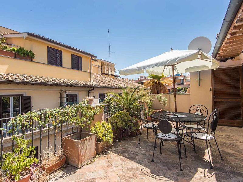 Condotti terrace 1433949,Apartamento en Roma: Centro Storico, Lazio, Italia para 4 personas...