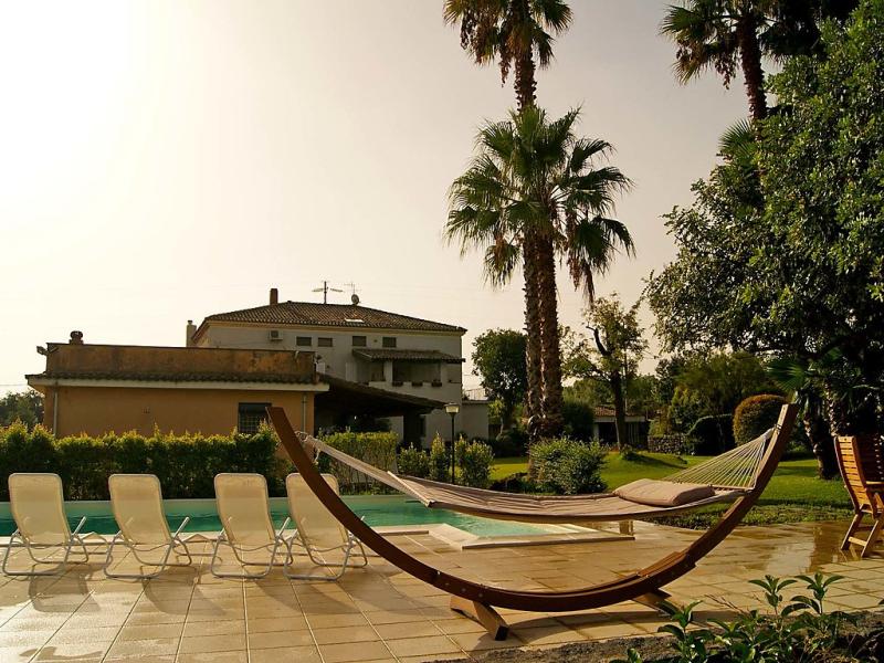 Lydia 1434417,Villa en Giarre, Sicily, Italia  con piscina privada para 6 personas...