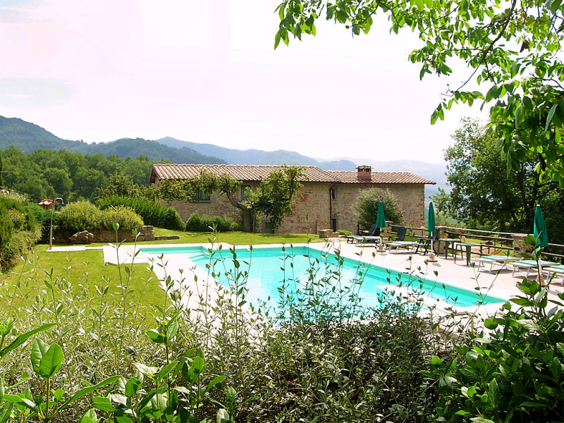 Podere schignano 1437087,Villa en Vicchio, en Toscana, Italia  con piscina privada para 14 personas...
