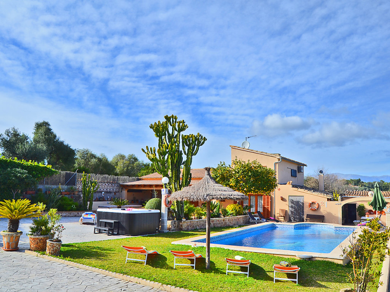 Can guerrera 1439920, Holiday house  with private pool in Alcúdia, Mallorca, Spain for 7 persons...