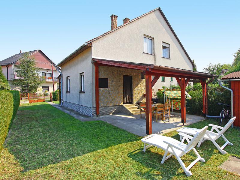 1440365,Vakantiewoning in Keszthely-Balatonkeresztur, Balaton Somogy, Hongarije voor 5 personen...