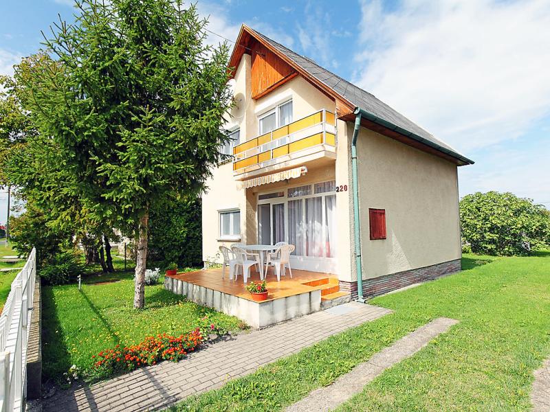1440550,Villa en Balatonmáriafürdö, Balaton, Hungría para 6 personas...
