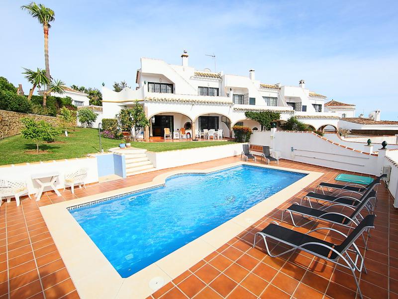 Villa cielo 1440643,Vivienda de vacaciones en Calahonda, en la Costa Calida, España  con piscina privada para 7 personas...