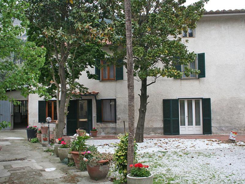 La gora 1446338,Vivienda de vacaciones en Massarosa, en Toscana, Italia  con piscina privada para 7 personas...