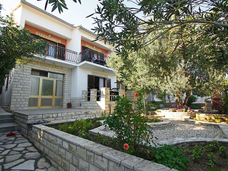 1446930,Apartamento en Novigrad (Zadar), North Dalmatia, Croacia para 4 personas...