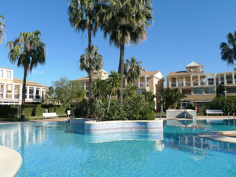 Res la rosaleda i 01 1447470,Apartamento en Dénia, Alicante, España  con piscina privada para 4 personas...
