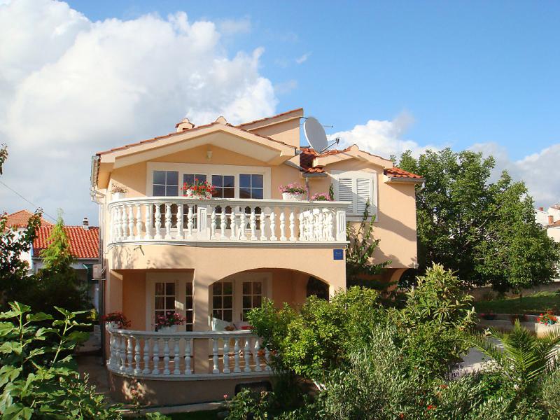 1447949,Apartamento en Vodice, Dalmatia, Croacia para 3 personas...