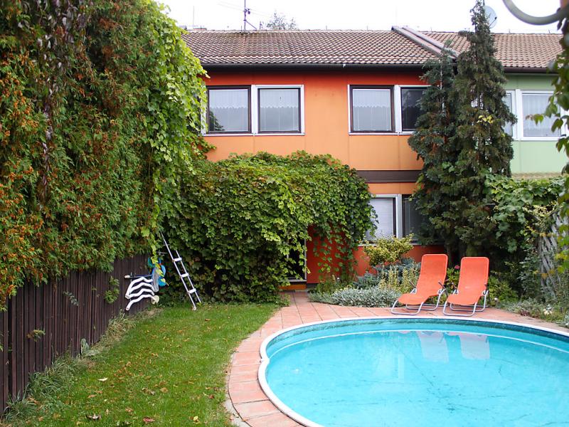 Olen 1449711,Vivienda de vacaciones  con piscina privada en Bernartice, Královéhradecký, Chequia para 6 personas...