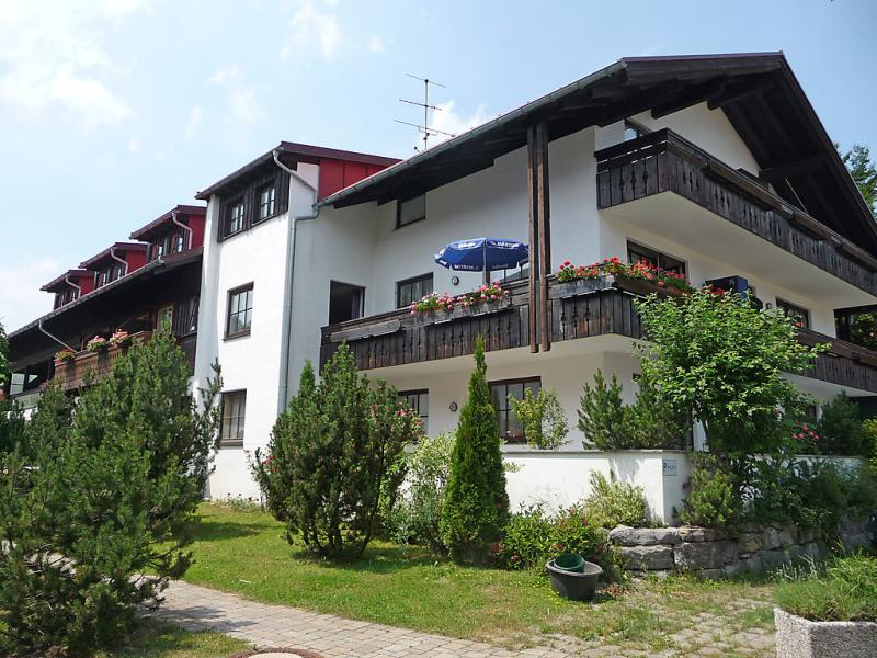 Almblume 1450716,Apartamento en Oberstaufen, Bavaria, Alemania para 5 personas...