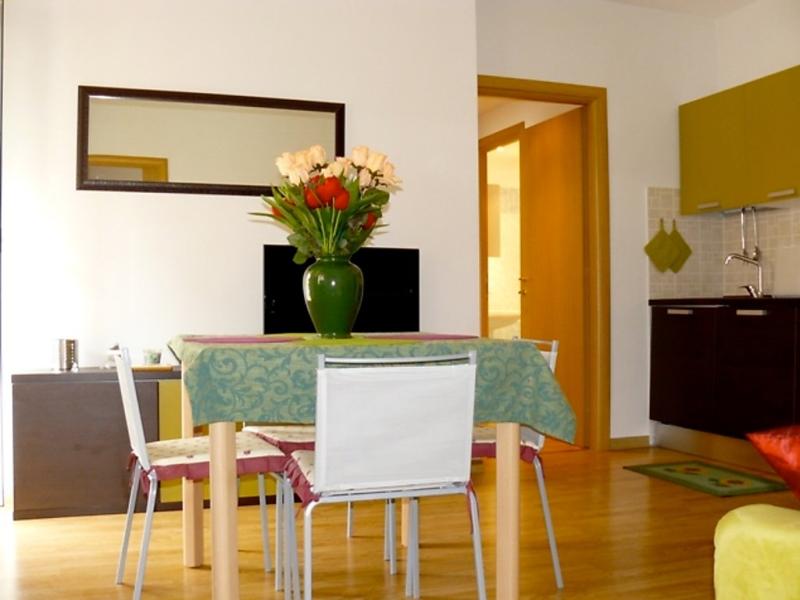 Tiburtina girasole 1452429,Apartamento en Rome, Rome, Italia para 6 personas...