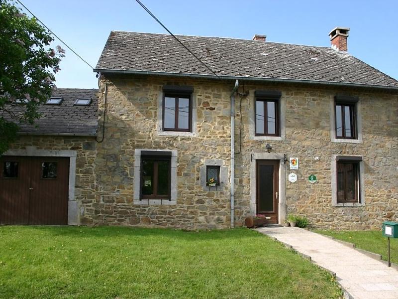 Gte rural mamijana 1452640,Villa in Mesnil-Saint Blaise, Namur, België voor 9 personen...