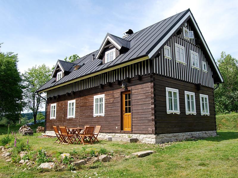 Slunecni vrsek 1452852,Vivienda de vacaciones en Korenov, Liberecký, Chequia para 6 personas...