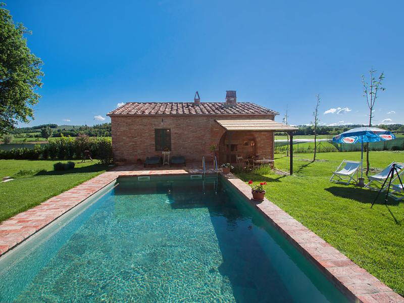 1457713,Villa  con piscina privada en Foiano della Chiana, en Toscana, Italia para 4 personas...