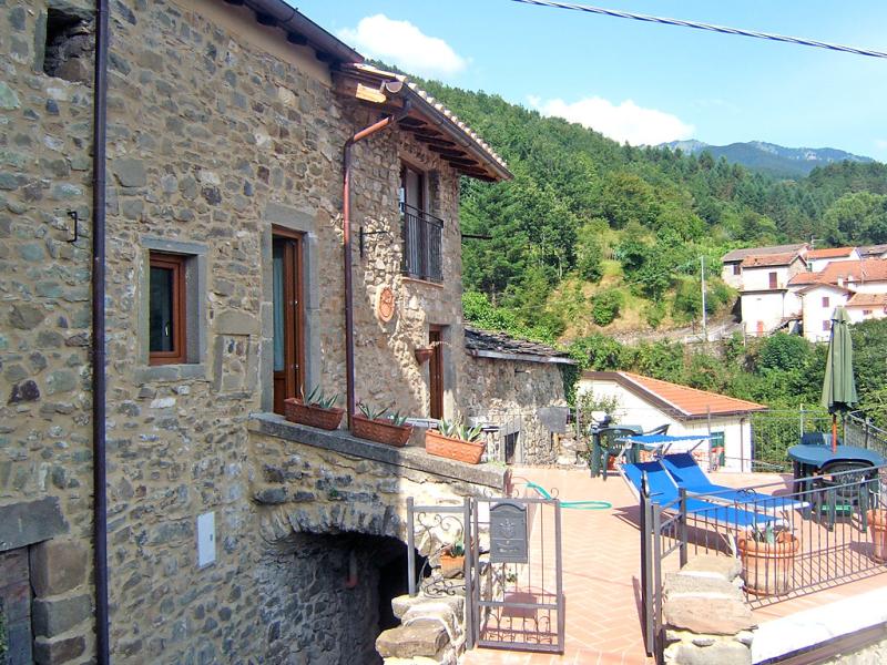 Ca di luna 1458294,Villa en Pontremoli, en Toscana, Italia para 6 personas...